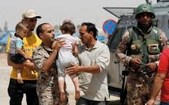 الصورة: اتفاق هدنة في درعا يتضمن تسليـــم الأسلحة وانسحاب قوات النظام من بلـدات بالجنوب