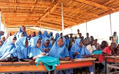 الصورة: شباب نيجيريون ينجحون في محاربة «بوكو حرام» بسلاح التعليم