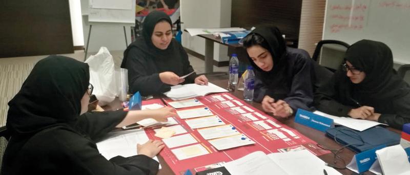 «طرق دبي» تدرب الخريجين الجدد على أجواء العمل والبيئة الوظيفية. من المصدر