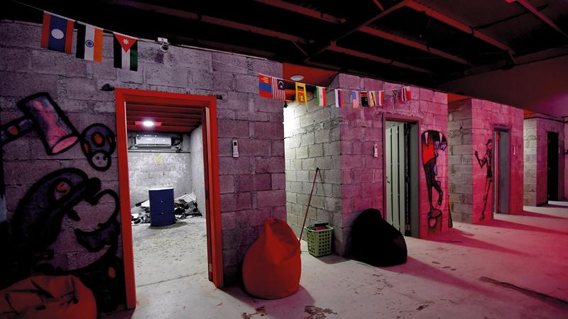 شريحة كبيرة من الناس تحتاج إلى هذه الغرف لتفريغ طاقتها دون أن يواجهها المجتمع بانتقادات.  تصوير: باتريك كاستيلو