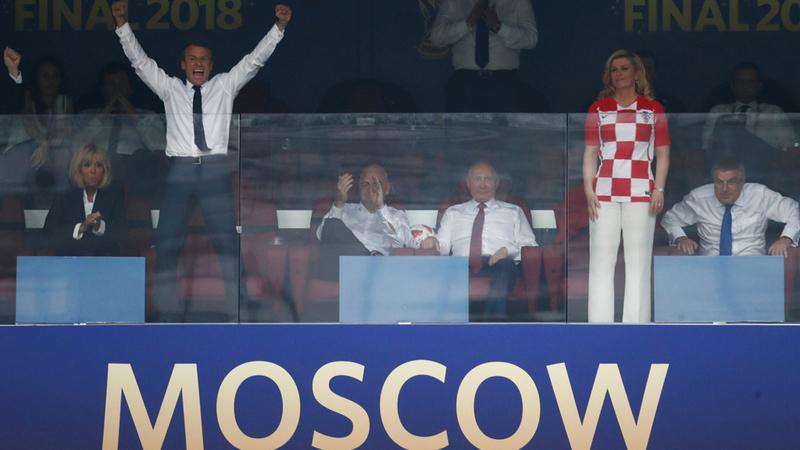 القتطت عدسات المصورين خمس صورة مثيرة للاهتمام في المباراة النهائية لكأس العالم بكرة القدم 2018 التي أقيمت اليوم الأحد في موسكو