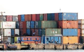 الصورة: 53.3 مليار دولار تجارة غير نفطية بين الإمارات والصين في 2017