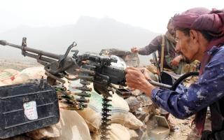الصورة: «الشرعية» تتقدم في معـقل الحوثي بصعدة وتدخل مديرية عبس بحجة