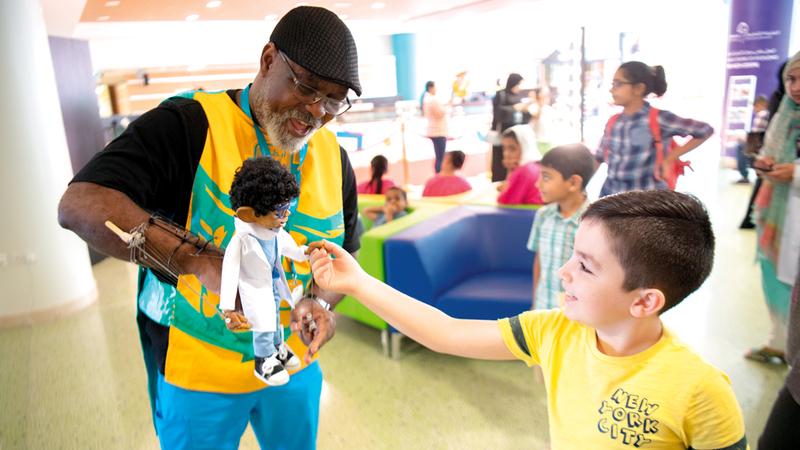 المستشفى ينظم فعاليات ترفيهية متنوّعة لبث الفرح في نفوس الأطفال. تصوير: أحمد عرديتي