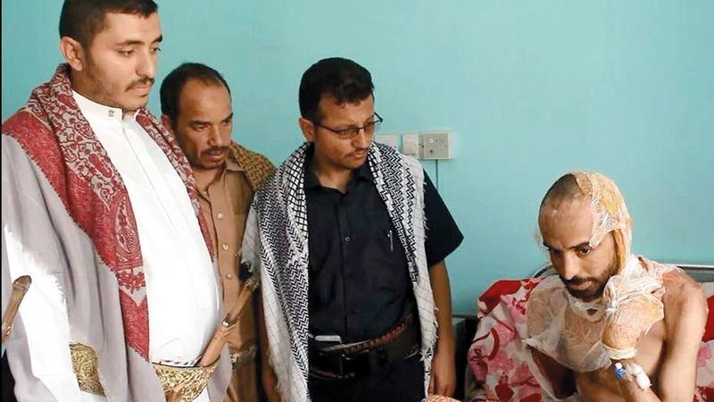 الدكتور منير المشرقي يعالج في مستشفى مأرب العام. من المصدر