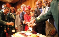 الصورة: الإمارات تشارك في حفل رحلة «طائر السلام» الإثيوبية إلى إريتريا