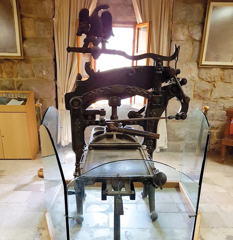بقايا أول مطبعة بالعالم العربي في دير «مار أنطونيوس قزحيا».  الإمارات اليوم