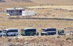 الصورة: بدء إجلاء مقاتلي المعارضة السورية من القنيطرة