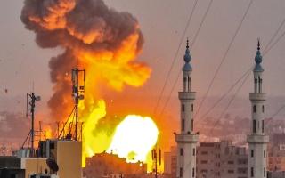 الصورة: قصف مدفعي إسرائيلي جــديد يكسر اتفاق «هدنة غزة»