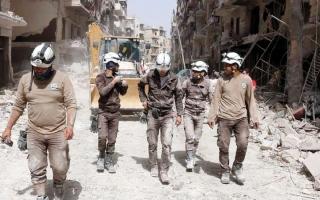 الصورة: إجلاء 800 من عناصر «الخوذ البيضاء» السوريين إلى الأردن عبر الجولان