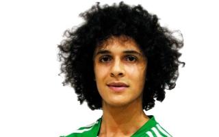 الصورة: خورفكان يتعاقد مع اليمني «عموري»
