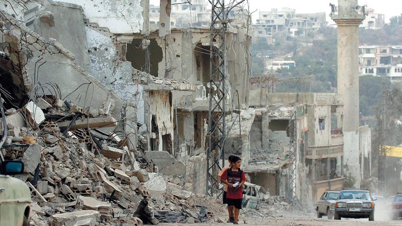 التدمير الذي لحق لبنان خلال حرب عام 2006 مع حزب الله. غيتي
