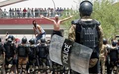 الصورة: بغداد ليست مستعدة  لقمع المتظاهرين ومكافحة المتطرفين معاً