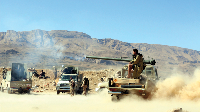 مقاتلون من قوات الشرعية اليمنية خلال معارك مع الميليشيات في مأرب. أرشيفية