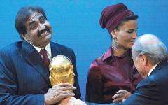 الصورة: قرقاش: استخدام قطر «العمليات السوداء» في الرياضة يشبه توجهها السياسي