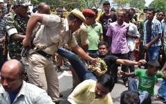 الصورة: اختبار المواطنة يزلزل المسلمين الناجين  من مذبحة في الهند