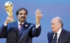 الصورة: محللون: فضيحة المونديال فاقمت من هزائم قطر السياسية