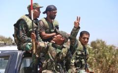 الصورة: معارك عنيفة في آخر معاقـــل «داعش» بجنوب سورية