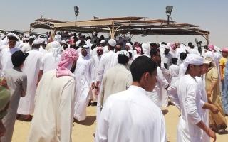 الصورة: تشييع جثامين 5 أفراد من عائلة يمنية واحدة في عجمان