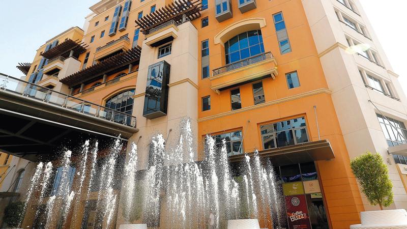 اقتصادية دبي أكدت أنها تستهدف الحفاظ على استدامة وتنافسية الأعمال في الإمارة.   أرشيفية