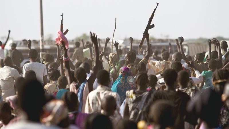 ميليشيات تابعة للحكومة تحتفل بالسيطرة على إحدى البلدات من أيدي المعارضة. أرشيفية