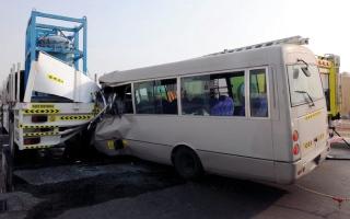 الصورة: وفاة آسيوي بحادث تصادم في أبوظبي