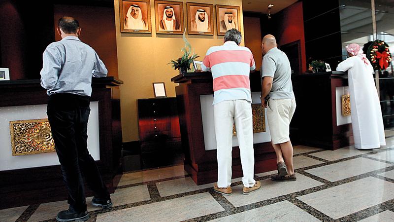 فنادق: نزلاء أعربوا عن استيائهم من عدم إيضاح السعر الإجمالي للغرفة الفندقية على بعض مواقع الحجز.  تصوير: أشوك فيرما