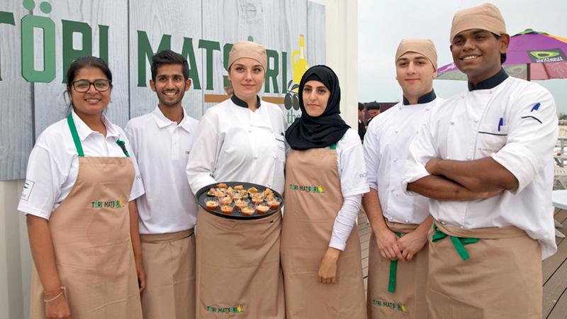 حصة خلال مشاركتها في مهرجان المأكولات بدبي. الإمارات اليوم