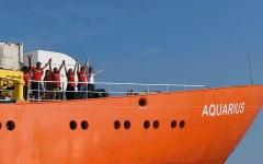 الصورة: مالطا تسمح برسو السفينة «أكواريوس» و5 دول مستعدة لاستقبال المهاجرين