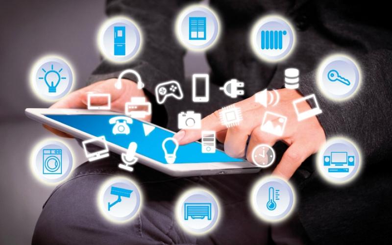 الصورة: 42 طرازاً من الهواتف الذكية تطرح في الأسواق بنقاط ضعف وثغرات أمنية