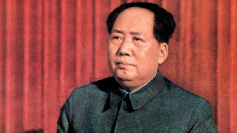 الزعيم الصيني الراحل  ماو تسي تونغ  شجّع على الإنجاب.