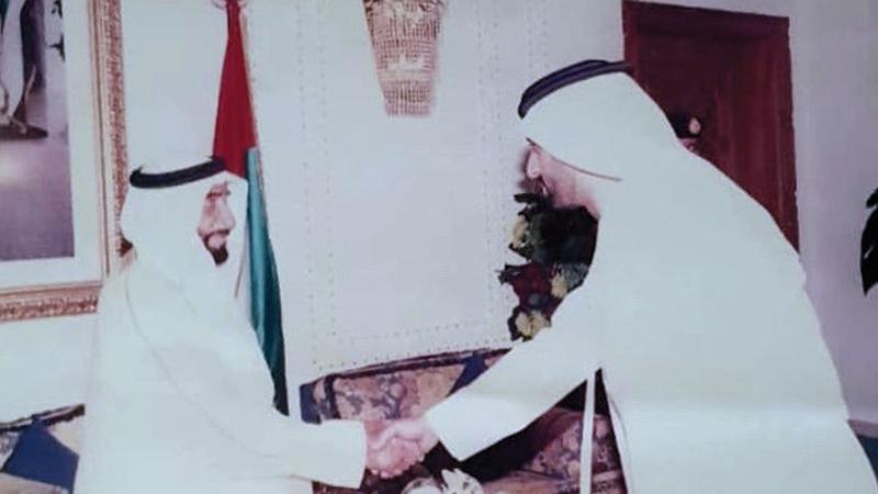 الشيخ زايد أوصى قرّان بأن يوجه ما يزيد من راتبه لفعل الخير. من المصدر