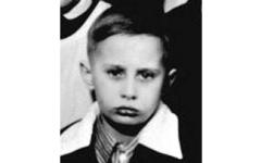 الصورة: بوتين كان تلميذاً مشاغباً يغيب عن الحصص.. لكنه مجتهد