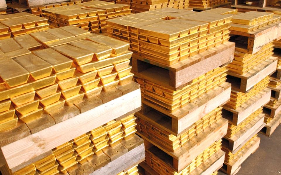 الصورة: الذهب يتجه إلى أكبر هبوط أسبوعي منذ منتصف 2017