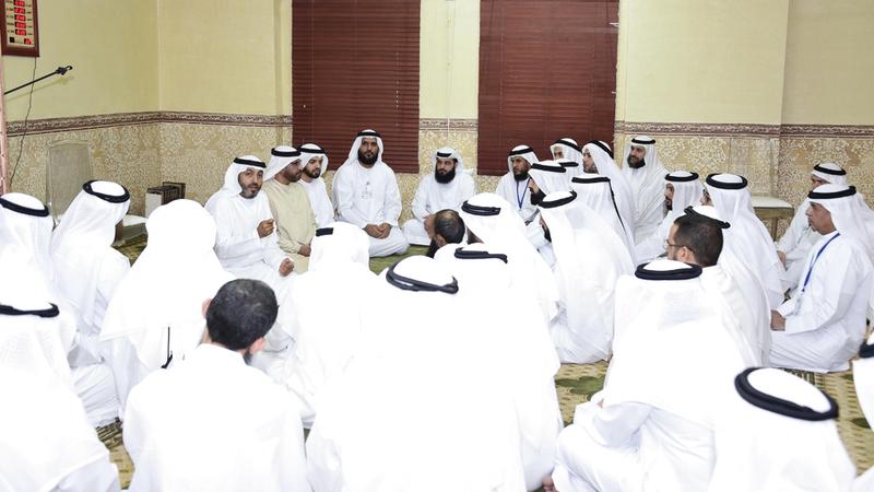 خلال الاجتماع الذي نظمته البعثة الرسمية، أول من أمس، بمقرها مع وعاظ حملات دولة الإمارات في الحج. وام