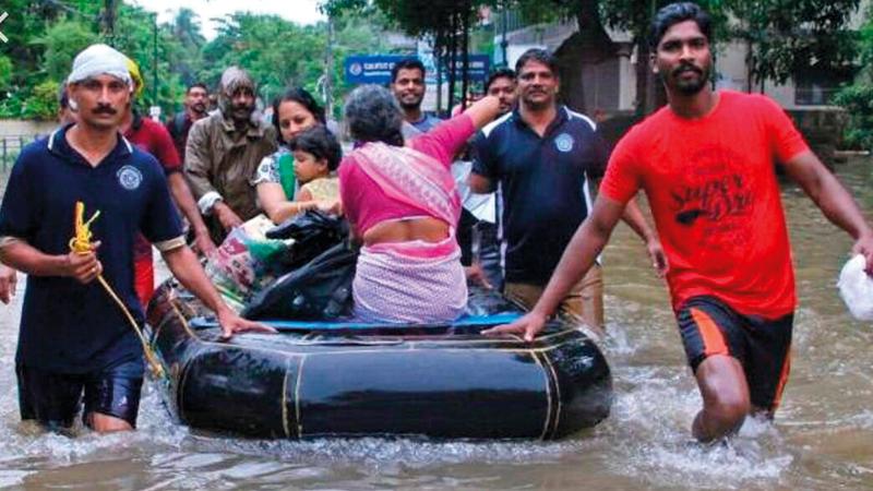 كيرلا تشهد أسوأ موجة أمطار وفيضانات منذ 100 عام. من المصدر