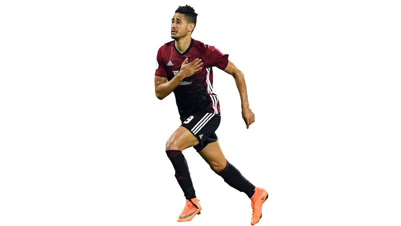المغربي مراد باتنا. الإمارات اليوم