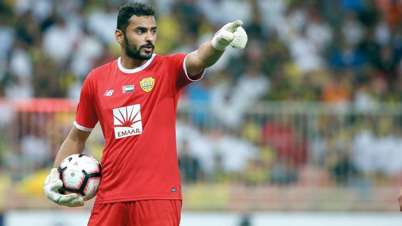 حارس الوصل يوسف الزعابي قدم مباراة كبيرة أمام الاتحاد. الإمارات اليوم