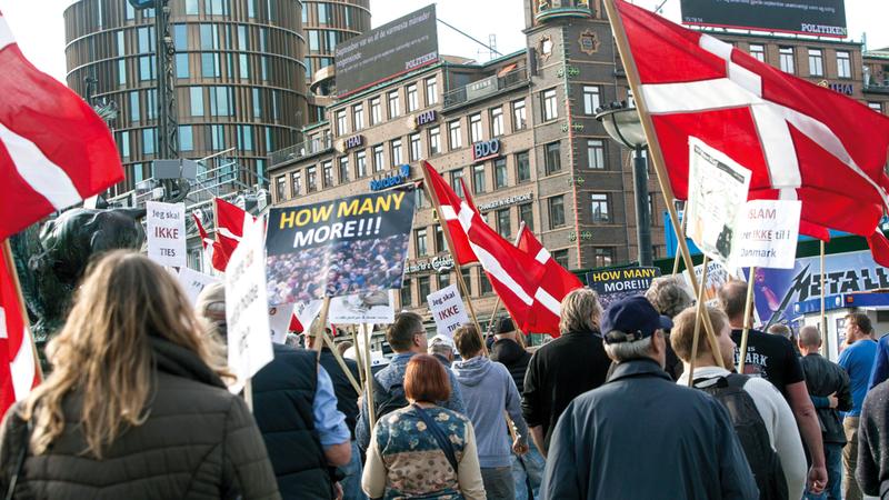 الدنمارك تصرّ على تطبيق قوانين تقيد حرية النساء. أرشيفية
