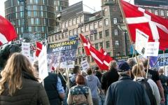 الصورة: قانون حظر النقاب أضرّ بالمسلمين في أوروبا وكندا