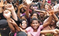 الصورة: الروهينغا يطالبون بـ«العدالة» في ذكرى مرور عام على نزوحهم من ميانمار