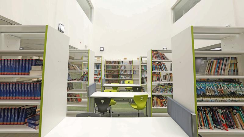 خطط تطوير المباني المدرسية تراعي توفير متطلبات عمليات التعليم والتعلم. من المصدر