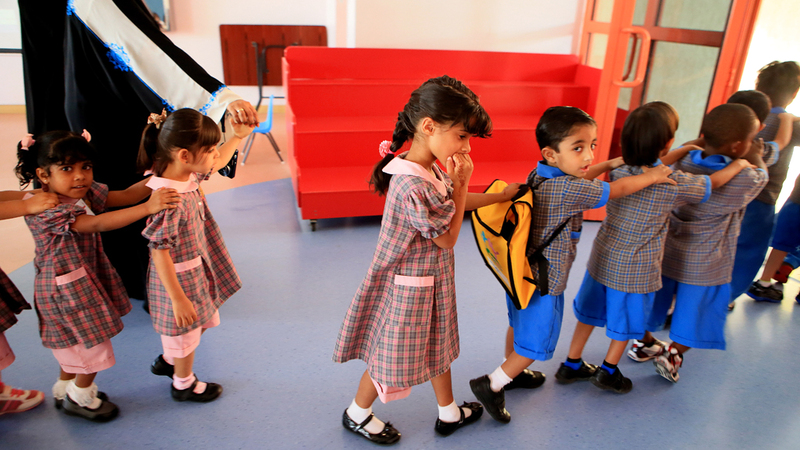 السياسة الجديدة تسمح لآباء وأمهات الأطفال الملتحقين بالروضة بالدوام المختصر.  الإمارات اليوم