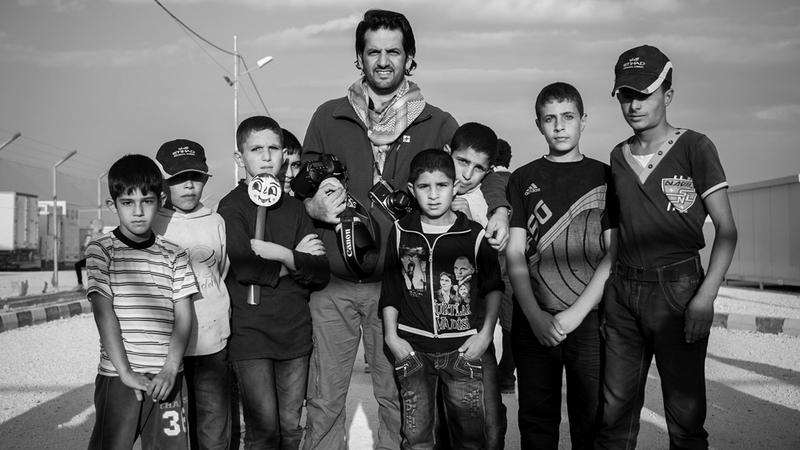 علي بن ثالث تجربة طويلة ومؤثرة في مجال التصوير الفوتوغرافي.  أرشيفية