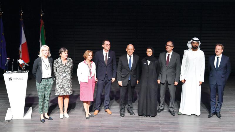 خلال اللقاء الإعلامي للإعلان عن المرحلة الثانية من الحوار الثقافي الاماراتي الفرنسي.  تصوير: نجيب محمد
