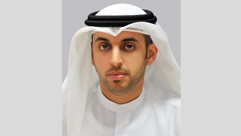 الدكتور راشد النعيمي: «نظام الإعلام  الإلكتروني يدعم  صناعة الإعلام الرقمي،  ويؤكد على احترام  القيم الدينية والثقافية  في الدولة».