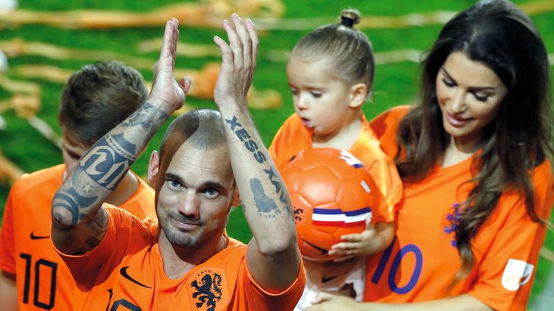 ديباي يسعد سنايدر في مباراة اعتزاله مع هولندا - رياضة ...