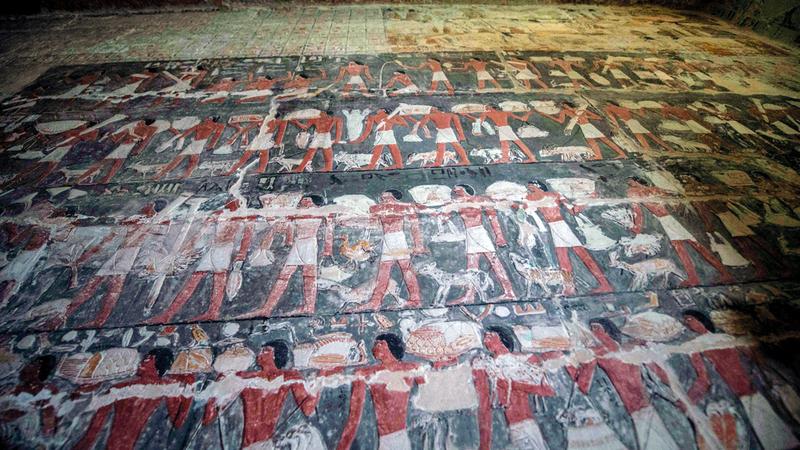 المقبرة عمرها نحو 4000 سنة.  أ.ف.ب