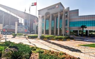 """الصورة: """"جنايات أبوظبي"""" تدين 9 متهمين و6 شركات بجرائم غسل أموال"""