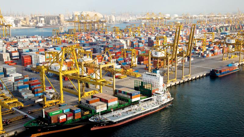 جمارك دبي قدمت للتجار والمستثمرين تسهيلات وخدمات جديدة متميزة. أرشيفية